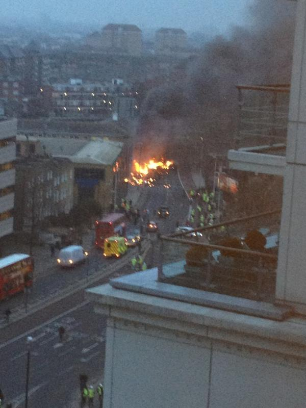 "#BREAKING - Helicopter crashes in #Vauxhall, London. Photo by @craiglet: ""Helicopter just hit our building in vauxhall"" http://t.co/qGspm3dR"