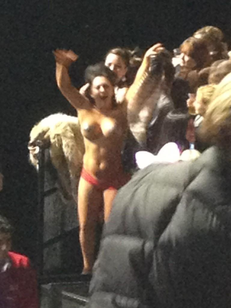 flat girl fake nude
