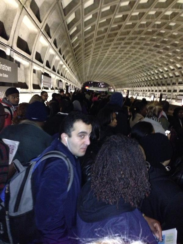 Insanity at gallery place. No room on platform! Thanks @wmata cc @unsuckdcmetro http://pic.twitter.com/hG4eCssU