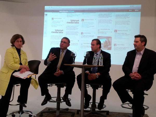 Tonight's #RIAComply panel here at @internetlabs (Photo): http://pic.twitter.com/jzrQr2Vs