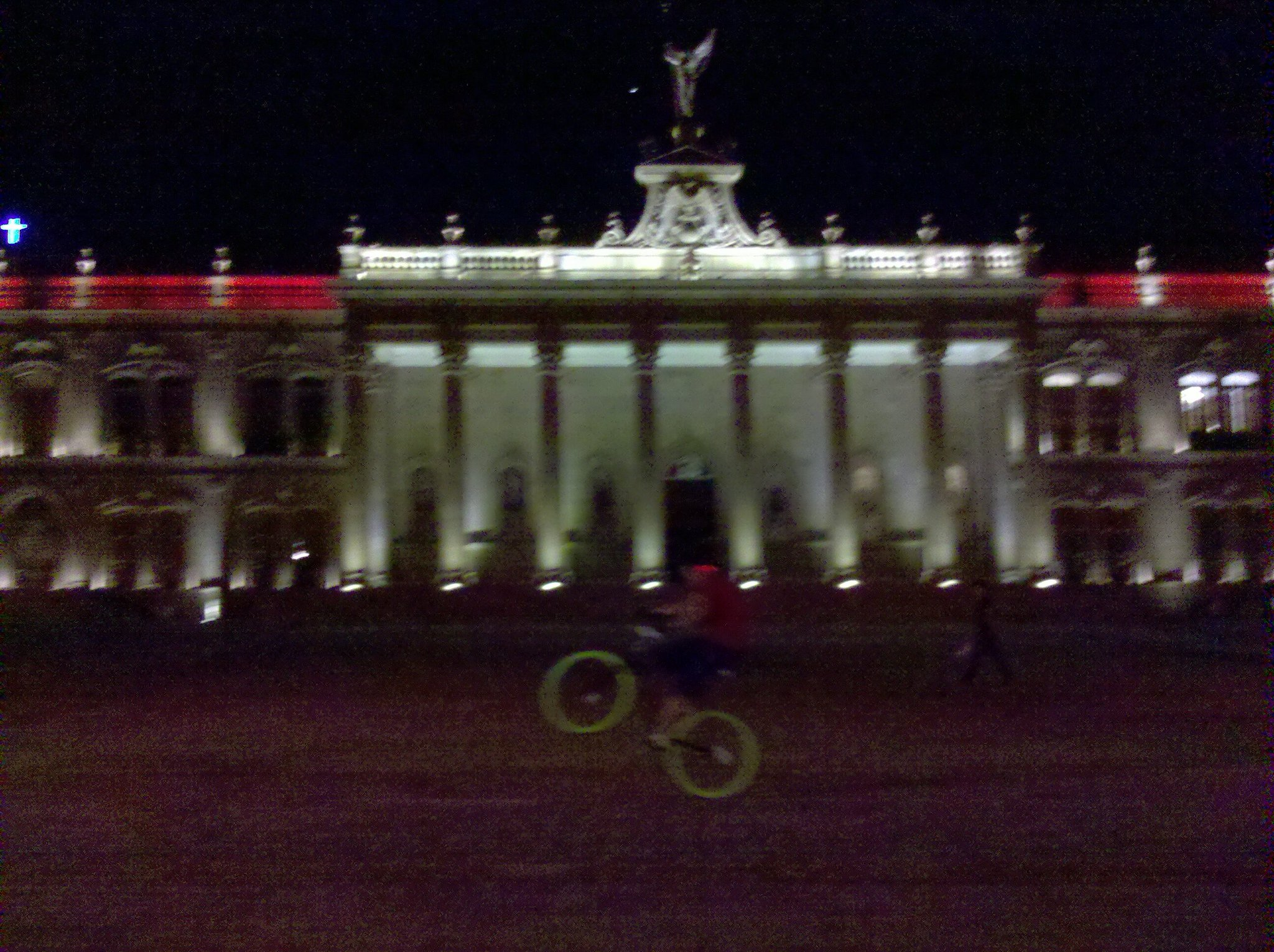 At a palace http://t.co/JnZkr8oF