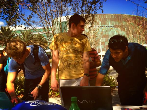 We are on a roll for this #CampusBattle @GoBoundless @USFJClub #USF http://pic.twitter.com/M4Ie5yfI