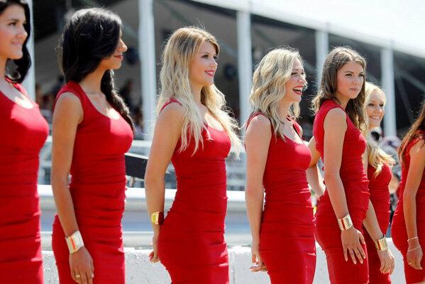 ロータスF1チームの美女軍団