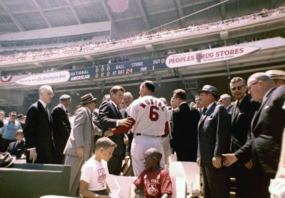 JFK grips the arm of Stan Musial at the All-Star Game, Washington DC, July 1962, befoe throwing out first pitch: http://pic.twitter.com/EaVCGLIA