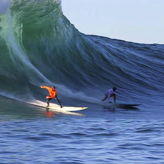 Mavericks News Peter Mel wins at Mavericks! http://bit.ly/WxFnHH http://pic.twitter.com/a441SFR4