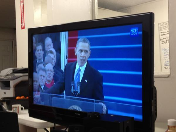 Obama speaks on gay rights with the fiercest look of determination.  #Inaug2013 http://pic.twitter.com/y6pHSGbN