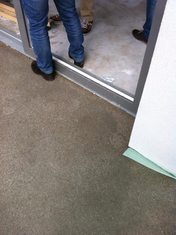 Forum domanda per esperti serramenti pvc for Aprire il pavimento