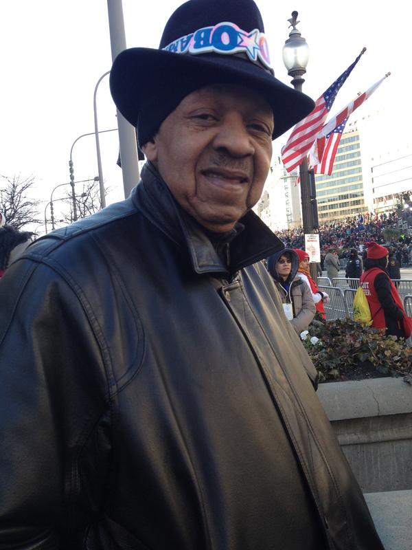 """Vernon: """"I never thought I'd see this in my lifetime. I'm here because I see Obama living out MLK's words."""" #inaug2013 http://t.co/lInhfdFe"""