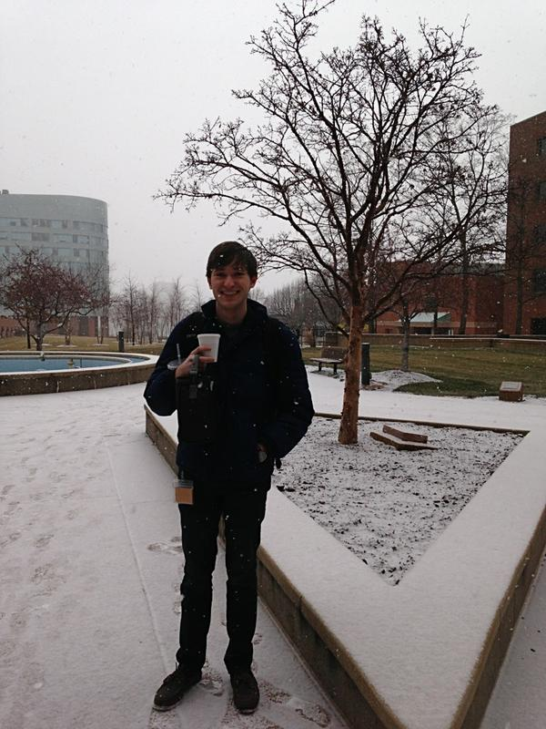 #snow http://pic.twitter.com/OYtBJbJq