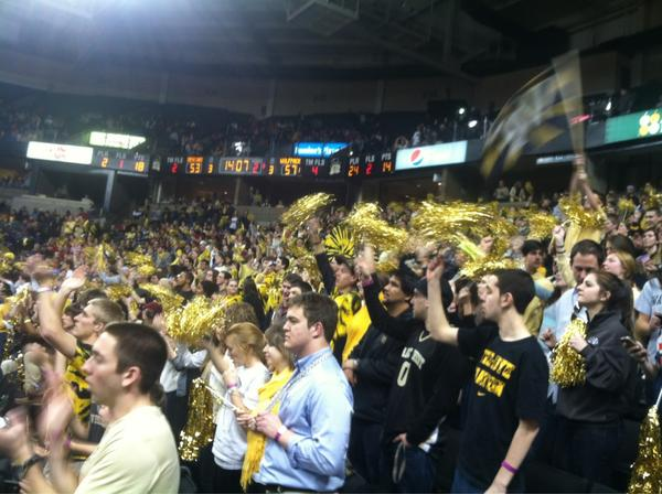 We've showed up #GoDeacs http://pic.twitter.com/l6t6BoFN