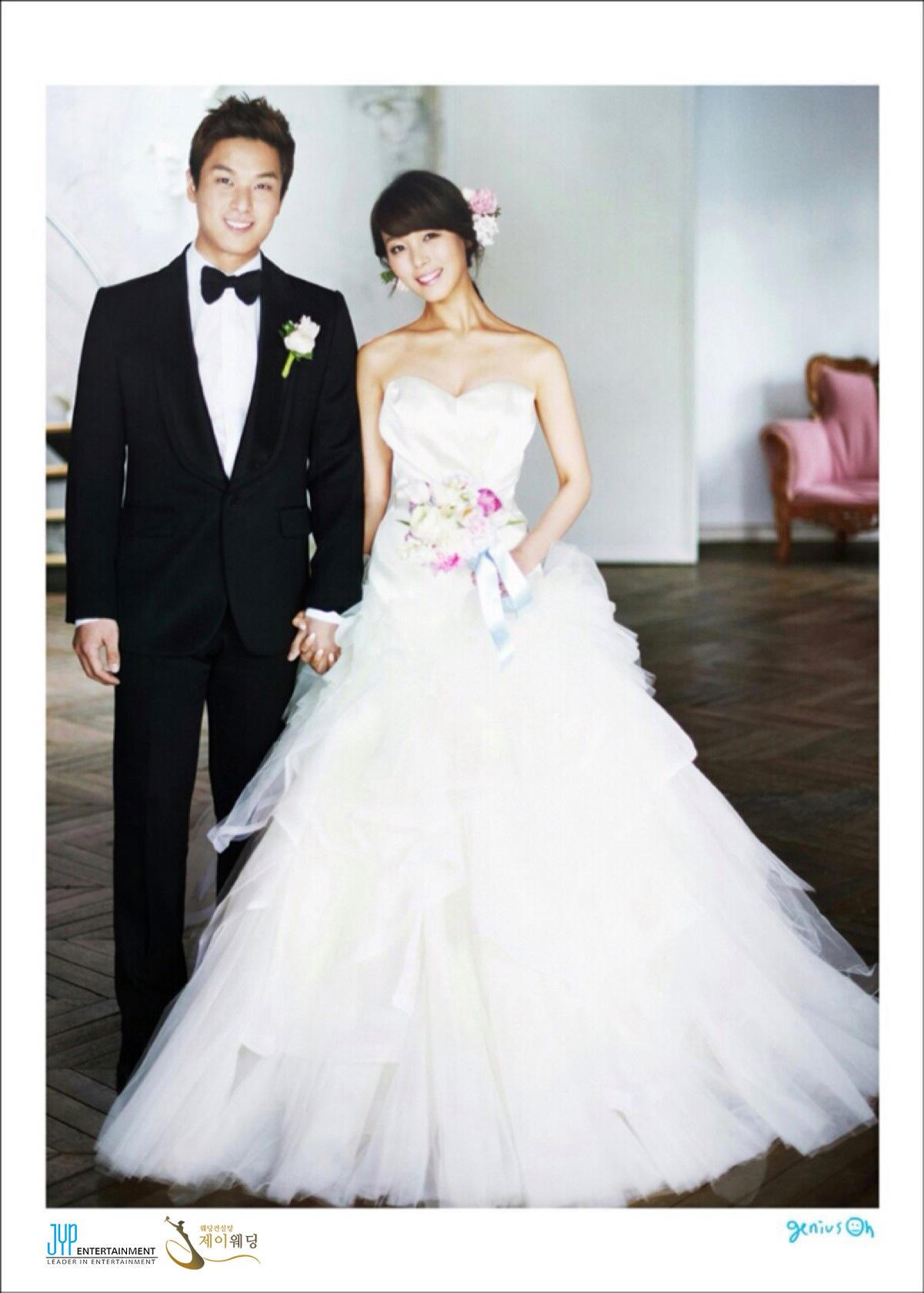 @jypnation: ↓ロミ→ヘヤ↑ᄆᄌ↓ハᄂ ↓トᅠ↓リネ↓ヨム↓ンリ ↓ロᄄ→ヤᄅ↓ツᆲ↓ᄃト↓ント ↑ᄈᄉ↑ᄚワ■ユᄅ→ヒネ→ヒᄂ¬ルᆬ ↓ᅠユ→ᄃミ ↓ユト→ᆭト→ヒᄂ↓レᄡ ↑ᄋᄌ→ナタ¬ルᆬ Wonder Girls Sun¬タルs Wedding Photos hv been revealed¬ルᆬ Isn¬タルt She WonderFul¬ルᆬ http://t.co/YCwj3BPX