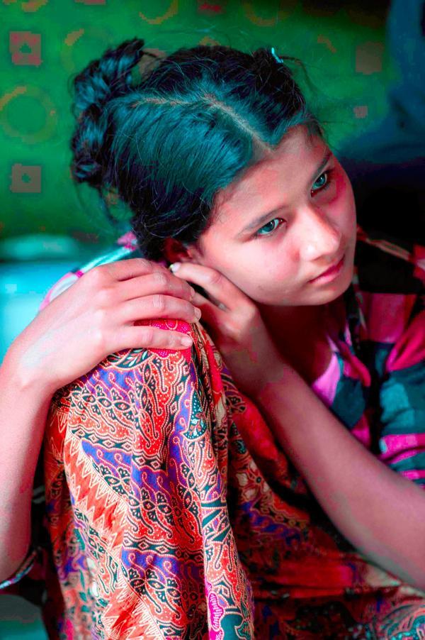 Twitter / OddnyGumaer: This #Rohingya girl,13,her ...