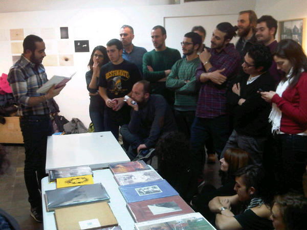 'Querida Eduina' asi empieza el libro de Miguel Calderon nos lee Fosi Vegue en este #BookJockey de #amor @BlankPaperESC http://t.co/h9zVcDIY