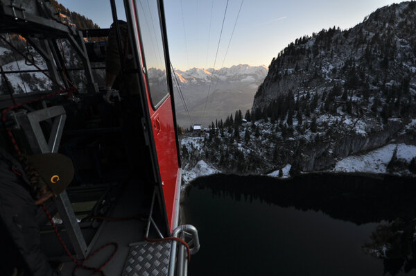 bungee jumping out of a gondola in the swiss alps! #adventure #travel #lplove @lonelyplanet http://pic.twitter.com/JqkCFqPb