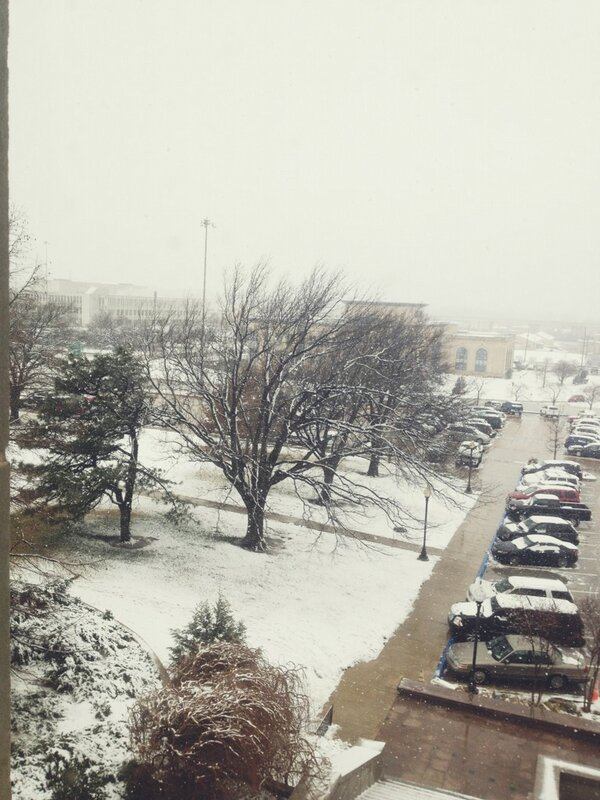 A view from my office window of today's beautiful snow! #oklahoma http://pic.twitter.com/l5e8td53