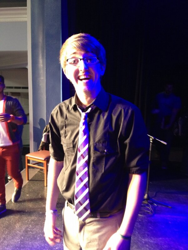 RT @randyburns: Your Lindsey Idol 2013- Mr. Jesse Baiz! http://pic.twitter.com/L4zh1btc
