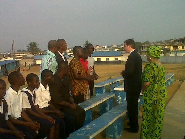 Photo: PM visits a community centre and school in #Monrovia with President Johnson Sirleaf.  #PMinAfrica http://pic.twitter.com/OxTS23iA