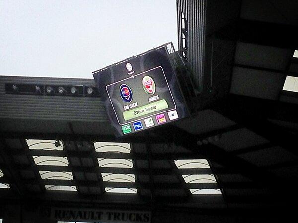 [23e journée de L2] SM Caen 1-0 Nîmes Olympique - Page 3 BCBXP6VCQAEIwpN