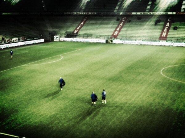 [23e journée de L2] SM Caen 1-0 Nîmes Olympique - Page 3 BCCZuRACYAADTPY