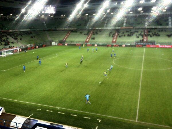 [23e journée de L2] SM Caen 1-0 Nîmes Olympique - Page 3 BCCfyPoCYAAVdXj