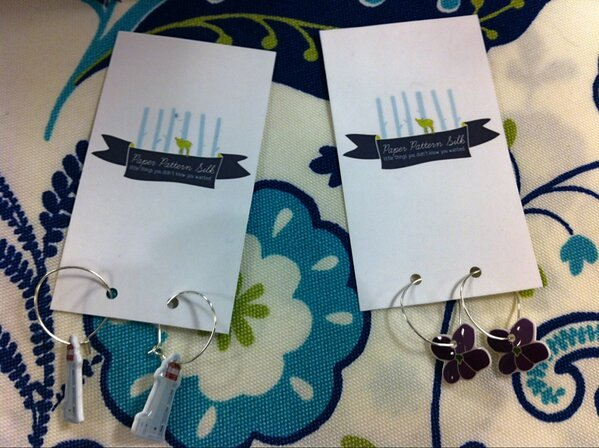 Simply too twee earrings from @littlethingsPPS - lighthouses and NB's official flower, the purple violet! #ACTS http://pic.twitter.com/qa1N2Mrk
