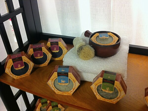 All natural handcrafted soaps from @Anointment Natural Skin Care uses Flowers and herbs grown by the artisan. #ACTS http://pic.twitter.com/e7yzJHpH