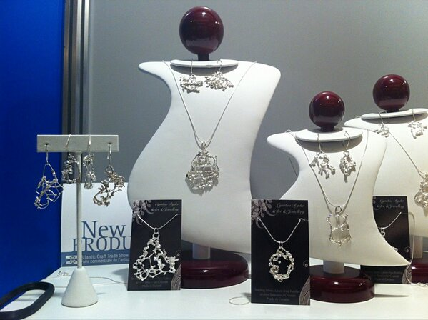 Jeweler Cynthia Rider from #Fredericton gets inspiration from the woods near Yoho Lake. #ACTS http://pic.twitter.com/Q4tXSaSG