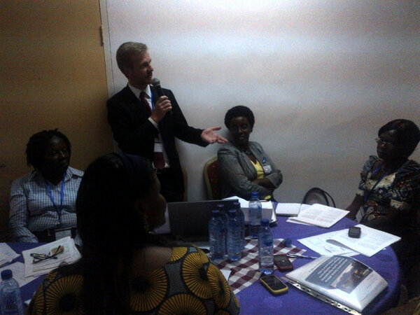 "Nigel Livesley @usaidhciproject SGS489 @salzburgglobal ""Patients"": one day you all will move to this table #isquaghana http://pic.twitter.com/EPFCVxsT"