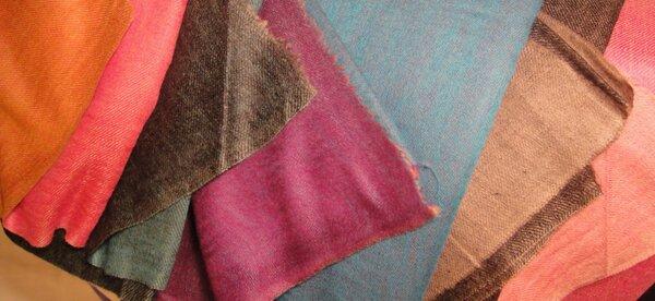 Moda del Lusso: Stop al traffico illegale di scialli di lana di antilope tibetana