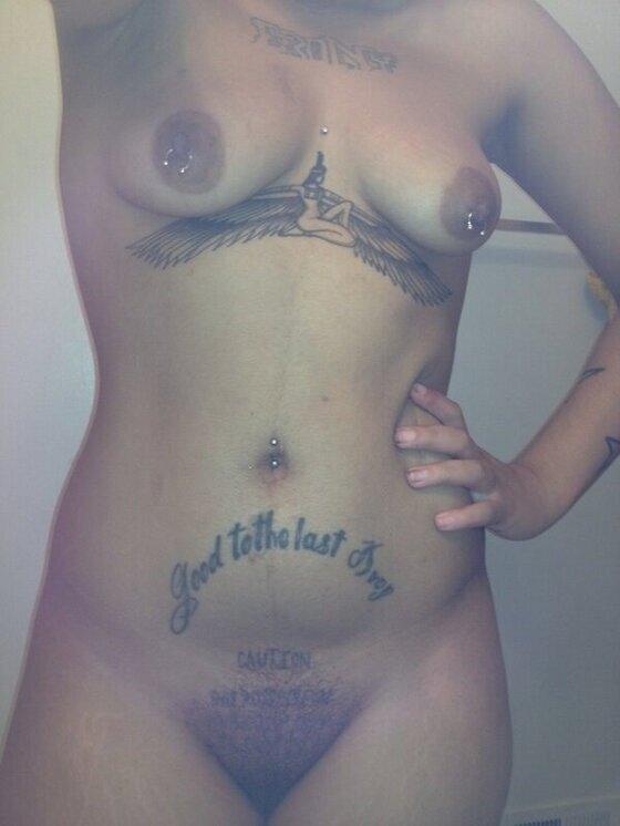 Rihanna Nude Leak 56