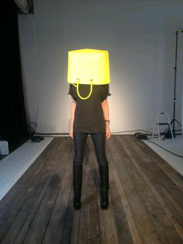 It's that time in the season when we all get a little delirious #NYFW x Vb http://pic.twitter.com/ZW1XjCsV