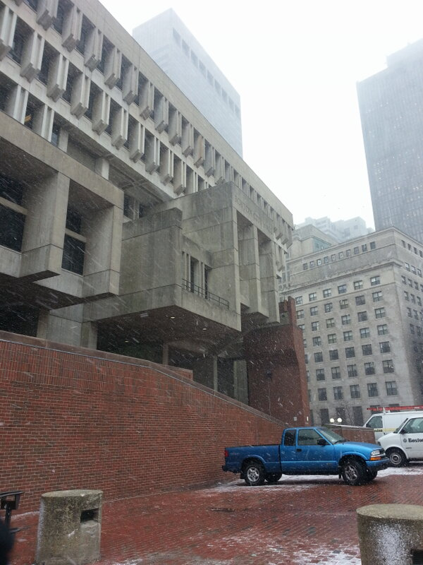 "RT @PaulaEbbenWBZ: #wbz on w/this in a few minutes: ""@radiobenparker: The snow has begun.  Mayor Menino to hold briefing shortly. #wbz http://pic.twitter.com/gj59LOyS"""