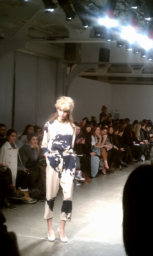 A Detacher, you had me at Jumpsuit! #NYFW #fb http://pic.twitter.com/hdbwyDzL