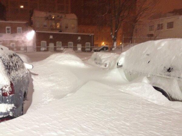 my car is buried! #wxedge http://pic.twitter.com/Juh7xXQG