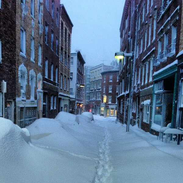 The North End of Boston never looked so classic  #Nemo http://pic.twitter.com/b4WGLYqo