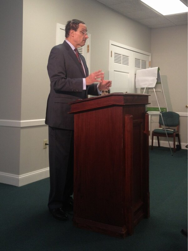 #dcfaith A visit from @mayorvincegray! http://pic.twitter.com/yIlxq65w