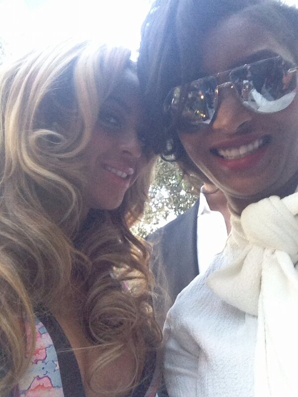 Roc Nation Pre Grammy Lunch Party (09/02) BCs2aq8CcAAEe-t