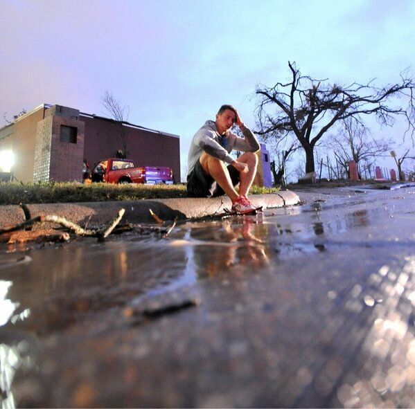 RT @CollegeCityMS: Surreal shot by photographer Matt Bush. #SouthernMiss #PrayForHattiesburg http://pic.twitter.com/Sj6N7zHU
