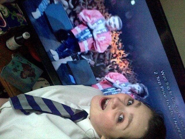My fab life @onedirection on @ChartShowTV omg YEY #OWOA http://t.co/B51dccBIi8