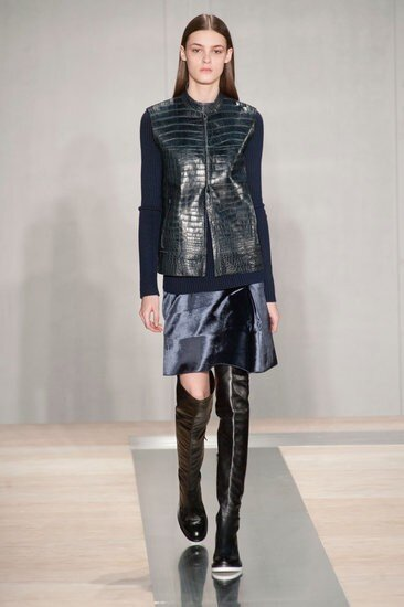 RT @melaniadg: Structured, polished & sharp. Those are the key words for Reed Krakoff's Fall 2013 #nyfw #like http://pic.twitter.com/E2dbwgp6