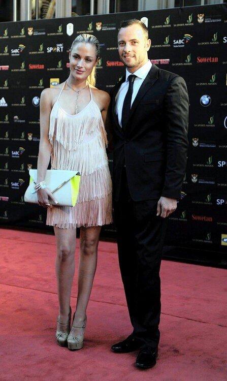 Reeva Steenkamp, pictured here with Oscar Pistorius #RIPReeva http://pic.twitter.com/uL0GpOv6