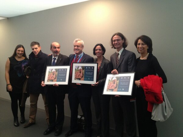 RT @alexspinelli: Mozambique country team + family members with their award of excellence #ifadgc #FAO #WFP #IFAD congrats! http://pic.twitter.com/FTUNmVfu