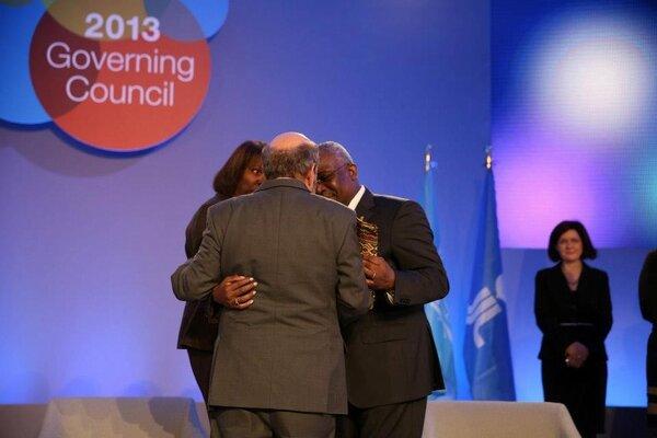 Celebrating collaboration #ifadgc http://pic.twitter.com/CFWuoLU2