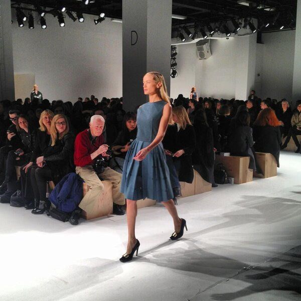 RT @KCDworldwide: Carolyn Murphy walks in (and closes) @CalvinKlein #nyfw http://pic.twitter.com/cd0gniUA