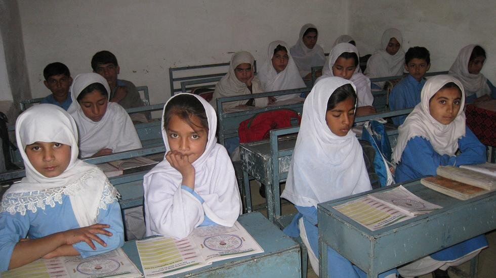 Twitter / followHDF: Girl students in Zhob, Pakistan ...