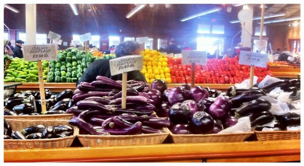 @Tasterie: Eggplant galore! Italian, Chinese and Sicilian varieties. What should we do with them today? #food http://t.co/GZ35S1l6