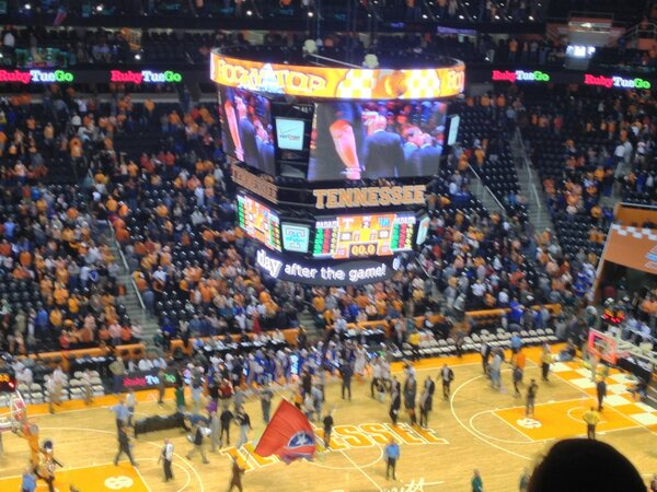 Great day to be a VOL! #GBO #BeatUK http://pic.twitter.com/ndPfp5nt