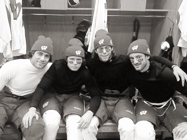 Skate at soldier field today to get ready for the big game. Getting ready with the roomies. @Zengerle9 #memories http://pic.twitter.com/URlFTtSm