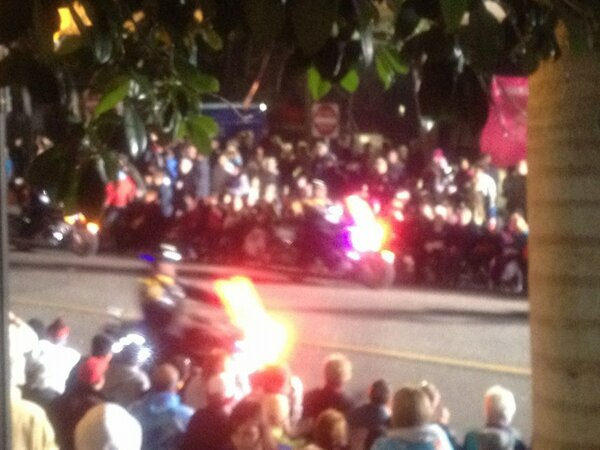 The Indianapolis Motorcycle Drill Team is racing through Downtown! http://pic.twitter.com/1EyuUSzs