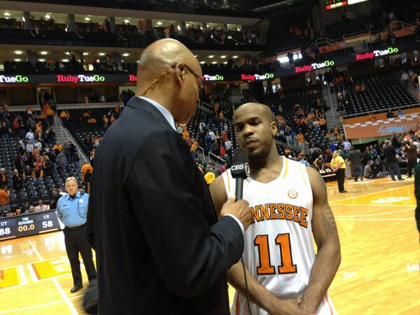 Here's a shot of @Traegolden getting some national TV time with Clark Kellogg after today's triumph. http://pic.twitter.com/COy4R85A